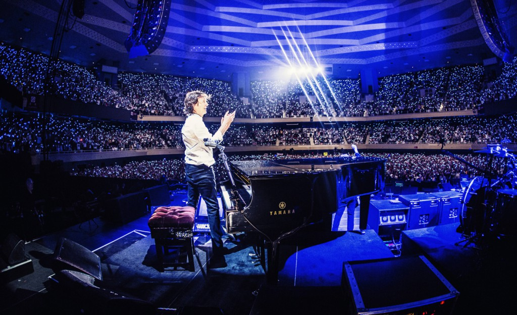 Paul McCartney Out There tour 2015, Budokan, Tokyo, Japan - Photo by MJ Kim