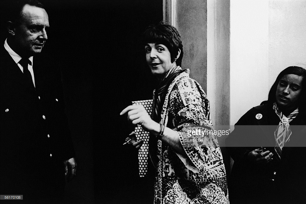 Singer songwriter Paul McCartney arriving at EMI studios, Abbey Road, for a rehearsal with the Beatles during the recording of Revolver, 22nd June 1966.
