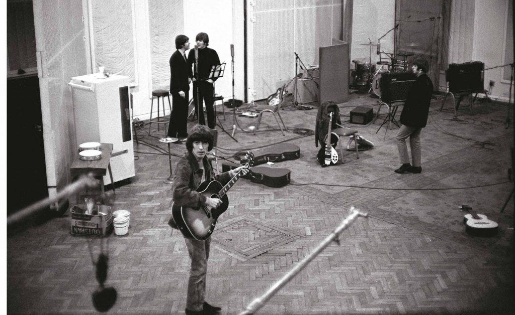 a Beatles a Rubber Soul nagylemez felvétele közben